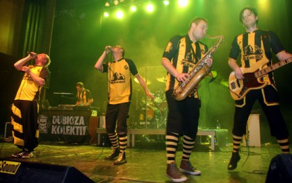 Dubioza Kolektiv performin on Sea Dance 2015